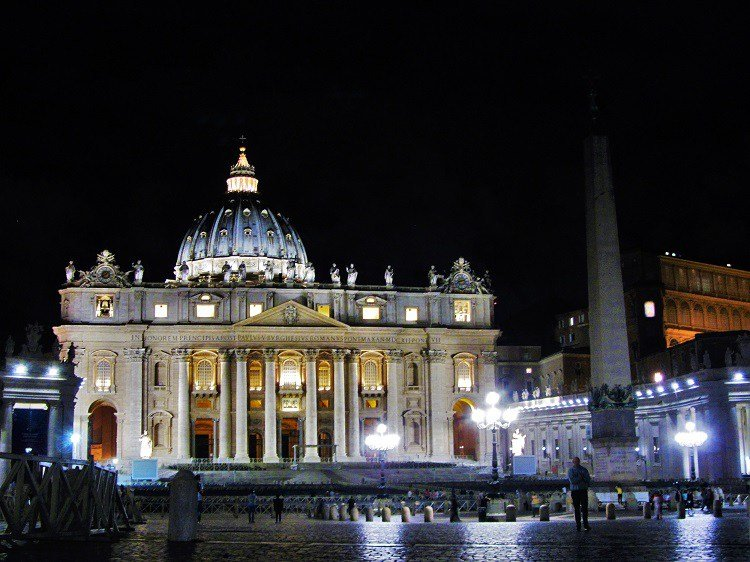 POTD-Vatican-City-St-Peters-Basilica 1